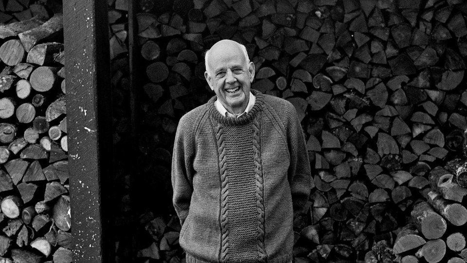 KickstARTing Creativity: Wendell Berry on Neighborliness and Permanence